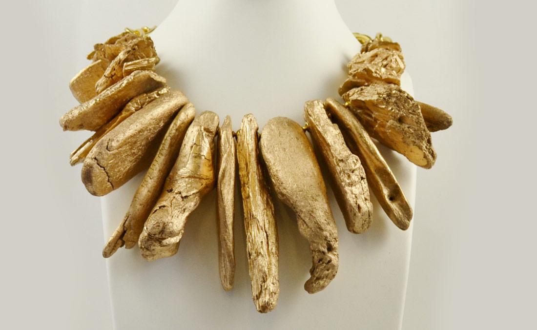 Andaman Islands and Zanzibar driftwood-necklace-landscape