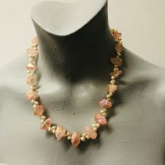 Peach electroplated Rock Crystal with freshwater Pearls – £45